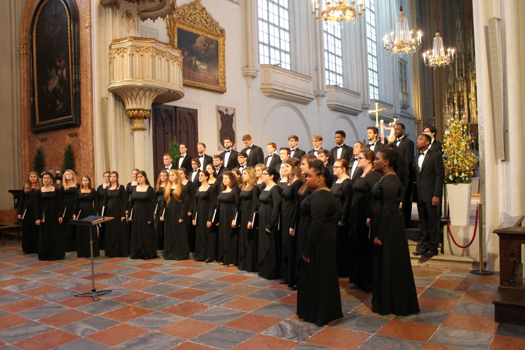 Concert Singers perform at St. Augustiner Cathedral in Vienna on their 2014 European tour.